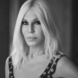 Explore about Donatella Versace 1997 incident and how she made her way to the top of fashion industry